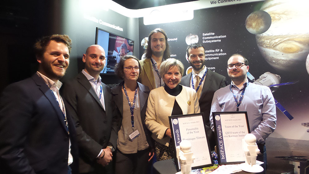 "On the picture from left to right, Guerric de Crombrugghe (beSPACE), Davide Massutti (QB50), Amandine Denis (QB50), Ertan Umit (QB50), Dominique Tilmans ( who was awarded ""personality of the year"" by beSPACE), Jan Thömel (QB50), Fabio Lorefice (designer of the award'statue)"